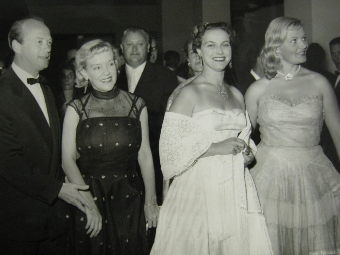 Татьяна Пилецкая на кинофестивале в Италии, 1957 год. / Фото: www.spbarchives.ru