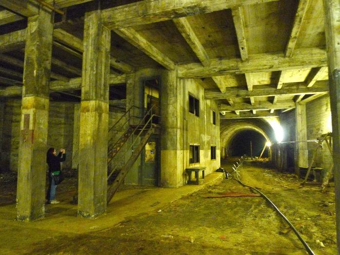 В подземном тоннеле Лос-Анджелеса. / Фото: www.7ly.ru