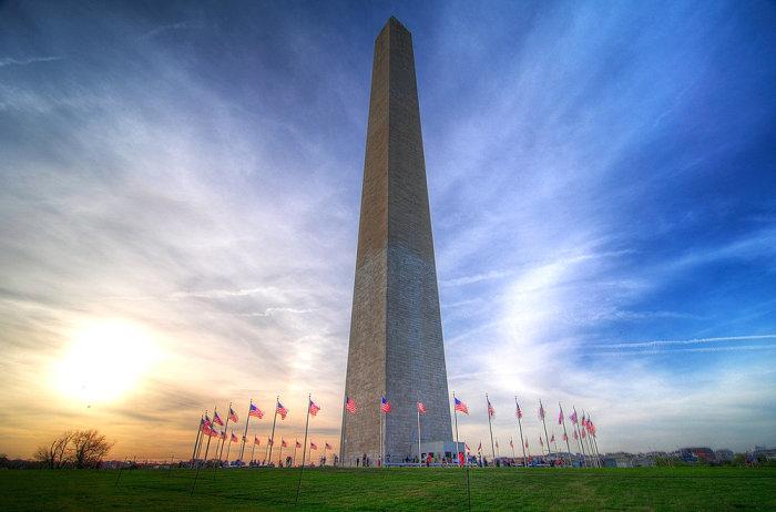 При возведении монумента был использован мрамор из разных каменоломен. / Фото: www.tourz.pro