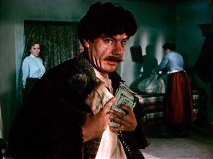 Леонид Пархоменко, кадр из фильма «Хождение по мукам». / Фото: www.marmazov.ru