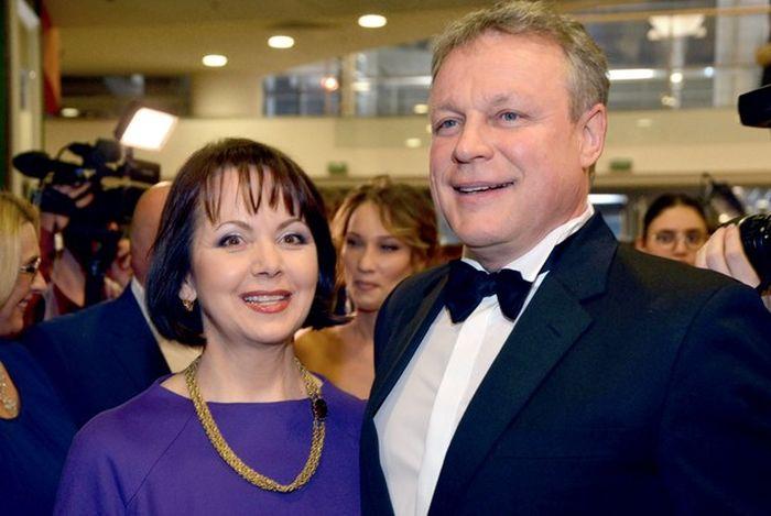 Сергей Жигунов и Вера Новикова. / Фото: www.goodhouse.ru
