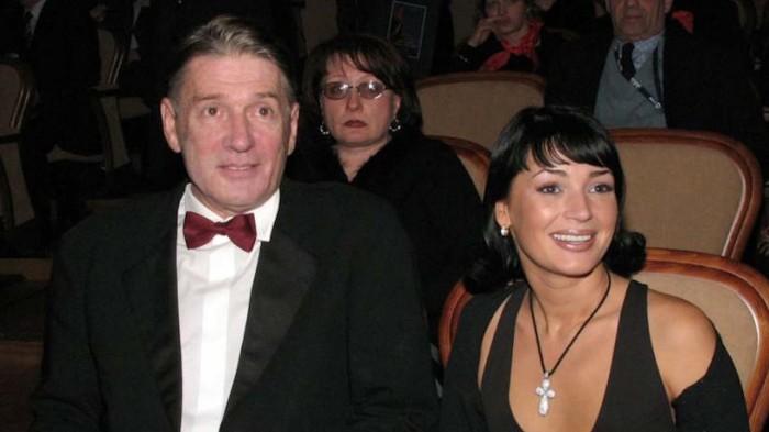 Александр Абдулов и Юлия Мешина. / Фото: www.1tv.ru