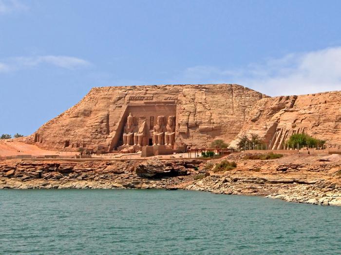 Храмовый комплекс Абу-Симбел. / Фото: www.anthropology.msu.edu