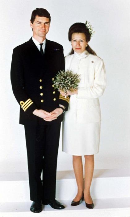 Принцесса Анна снова счастливая невеста. / Фото: www.telegraph.co.uk