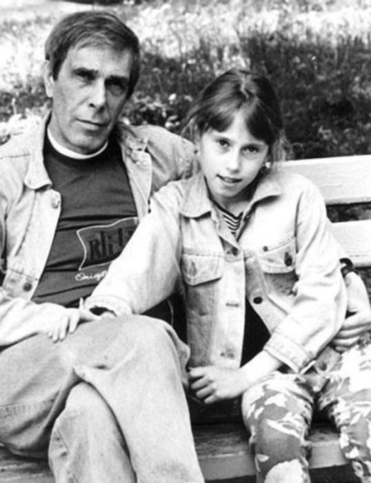 Андрей Болтнев с дочерью Машей. / Фото: www.backbook.me