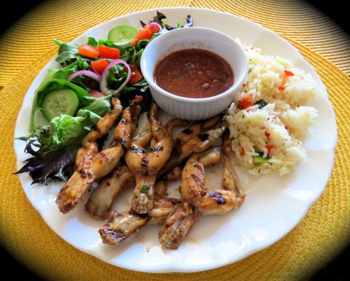 Лягушачьи лапки - традиционное французское блюдо. / Фото: www.povarenysh.ru
