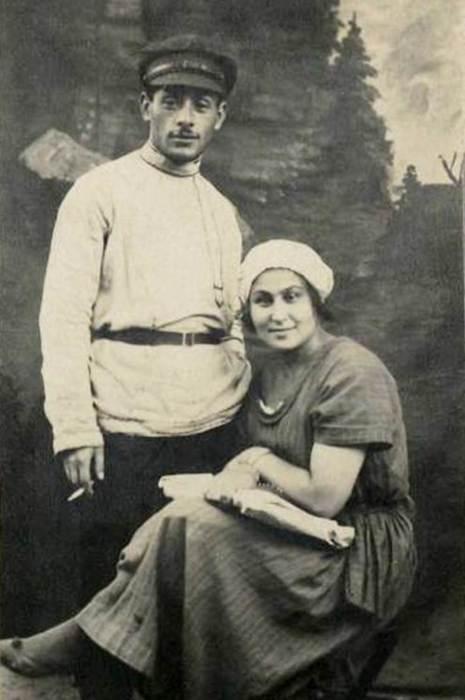 Ида Авербах и Генрих Ягода. / Фото: www.yarwiki.ru