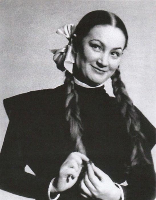 Людмила Хитяева в юности. / Фото: www.kino-teatr.ru