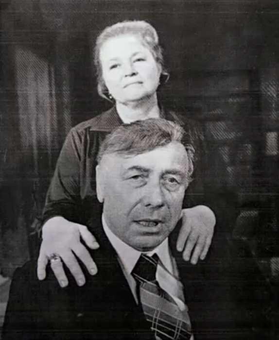 Анатолий Папанов и Надежда Каратаева. / Фото:семейный архив