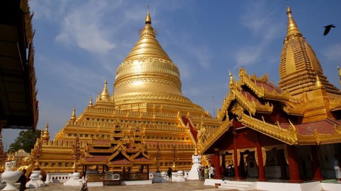 Золотые пагоды сохраняют свой вид на протяжении многих сотен лет. / Фото: www.mianma.ru