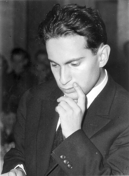 Михаил Таль в молодости. / Фото: www.chesspro.ru
