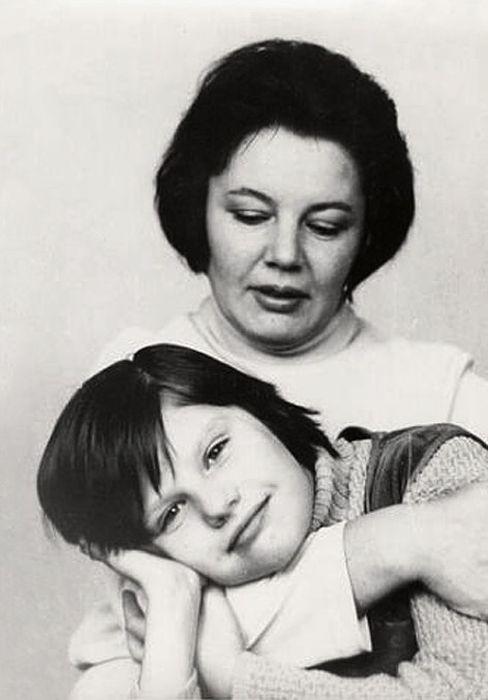 Нина Лапшинова с дочерью. / Фото: www.livejournal.com