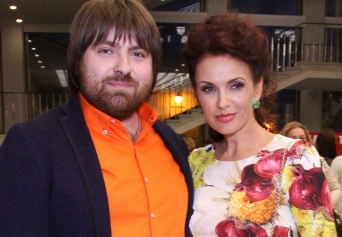 Эвелина Блёданс и Александр Смирнов. / Фото: www.vokrug.tv