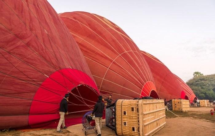 Воздушные шары готовятся к запуску. / Фото: www.liveinternet.ru
