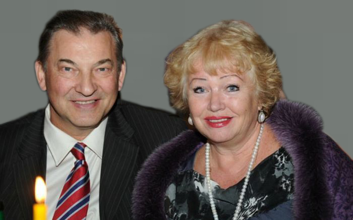 Владислав и Татьяна Третьяк. / Фото: www.vitorgan.ru