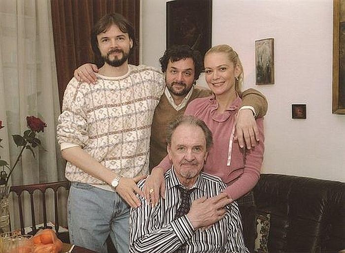 Юрий Яковлев с детьми. / Фото: www.mycdn.me