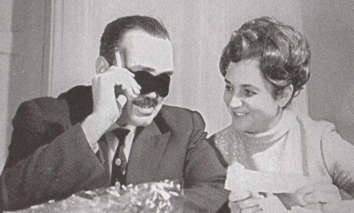 Эдуард Асадов и Галина Разумовская. / Фото: www.shkola-rozhdest.ru
