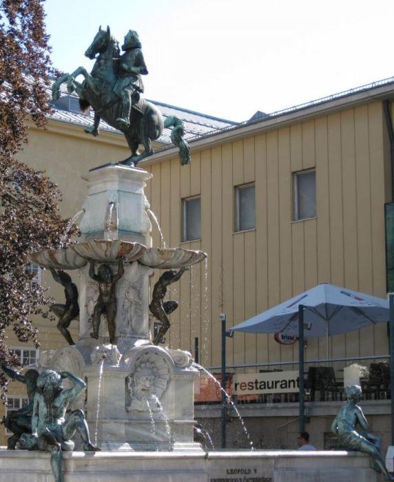 Сегодня скульптурная нагота уже никого не смущает. / Фото: www.tury.ru