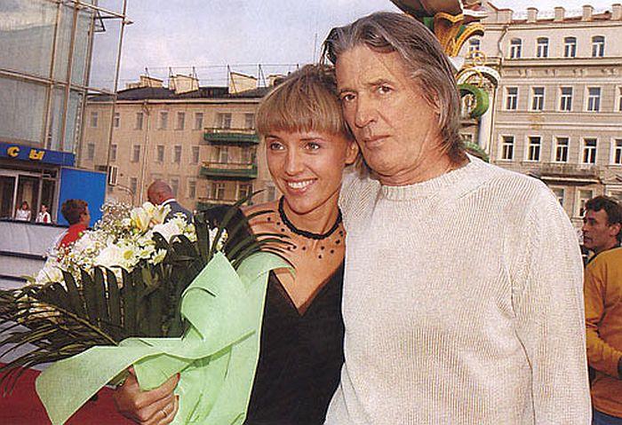 Александр Абдулов и Ксения Алферова. / Фото: www.gcdn01.ru
