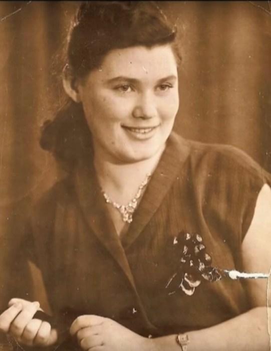 Алла Сандлер, первая жена Алексея Петренко . / Фото: www.1tv.ru