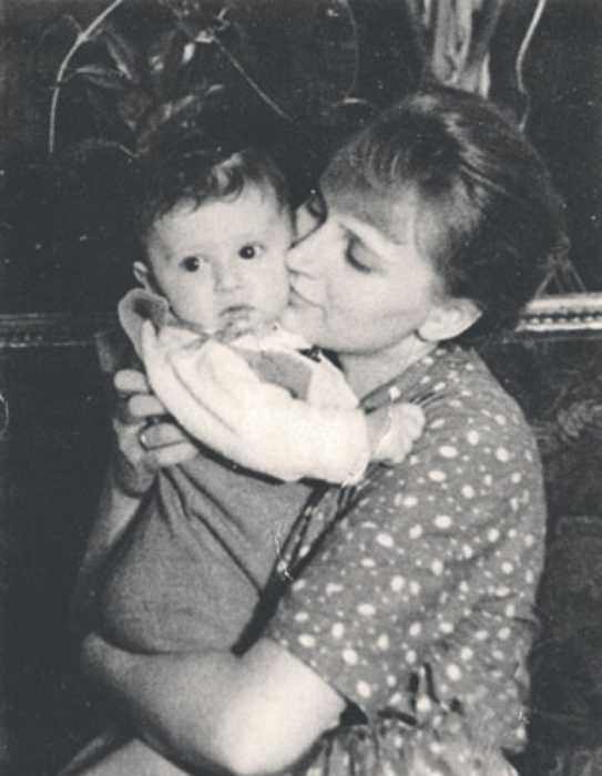 Наталья Белоусова с сыном./ Фото: www.kp.ru