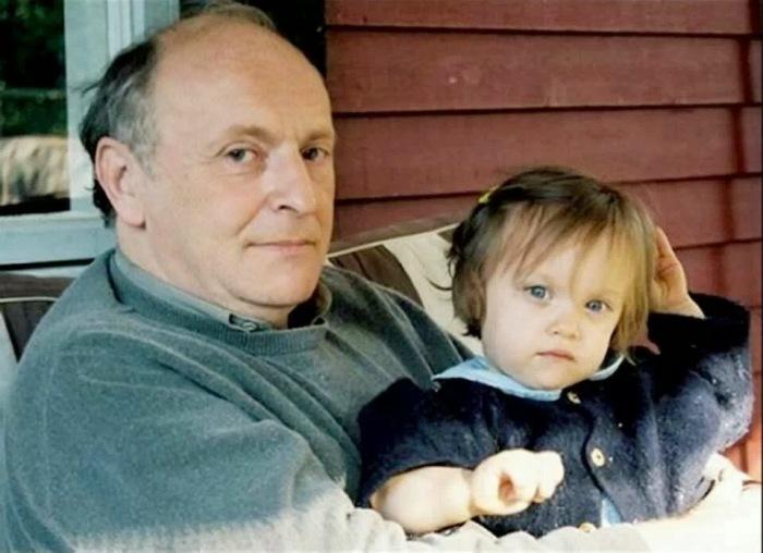 Иосиф Бродский с дочерью. / Фото: www.polyarnik.org