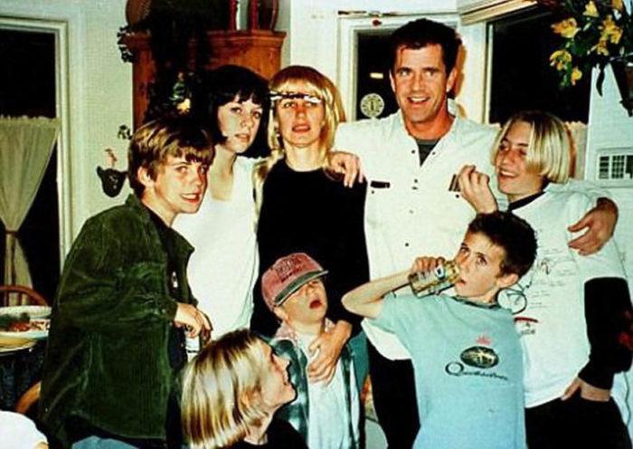 Мел Гибсон и Робин Мур с детьми. / Фото: www.pro-luboff.com