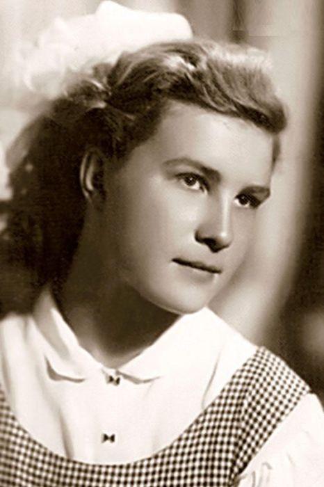 Людмила Меркулова в юности. / Фото: www.7days.ru