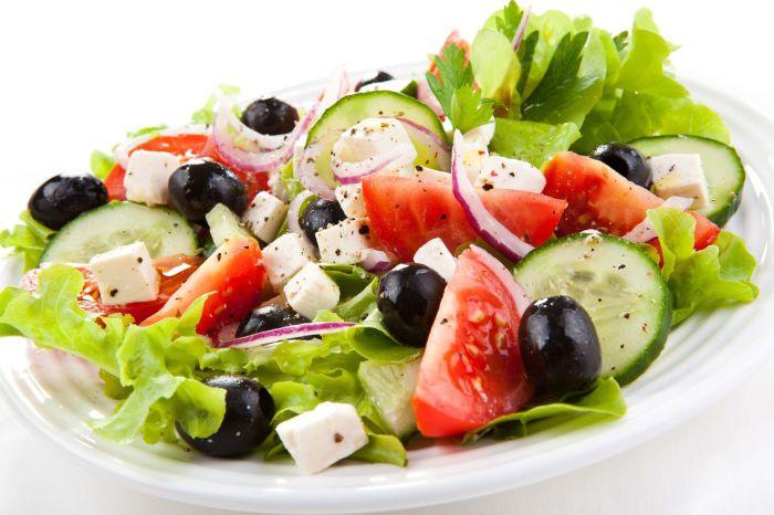 Греческий салат. / Фото: www.yesofcorsa.com