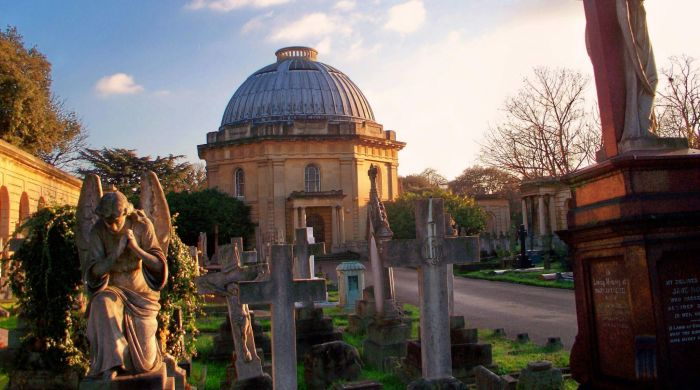 Бромптонское кладбище. / Фото: www.ttnotes.com