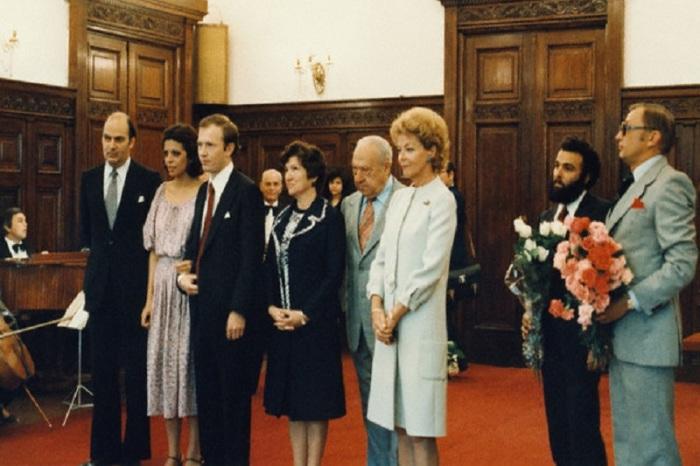 Церемония бракосочетания Кристины Онассис и Сергея Кузаева. / Фото: www.i-podmoskovie.ru