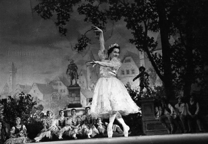 Ольга Лепешинская в партии Сванильды. / Фото: www.russiainphoto.ru