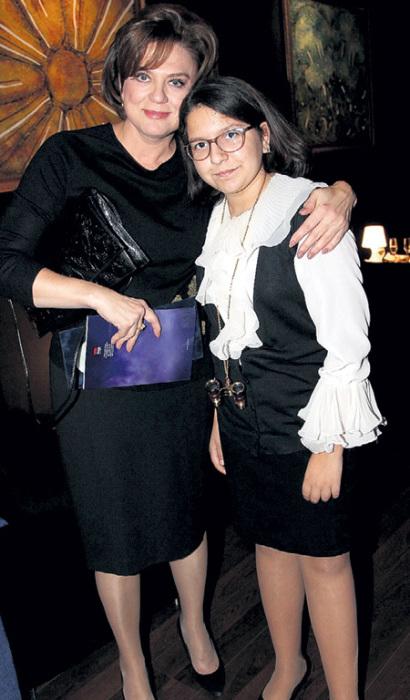 Светлана Сорокина с дочерью. / Фото: www.boshsoz.com