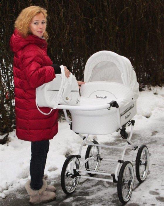 Елена Захарова ревностно оберегает своё счастье и пока что не показывает малышку. / Фото: www.eva.ru