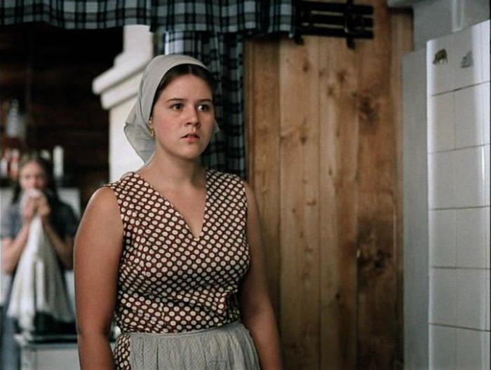 Янина Лисовская, кадр из фильма «Любовь и голуби». / Фото: www.kino-teatr.ru