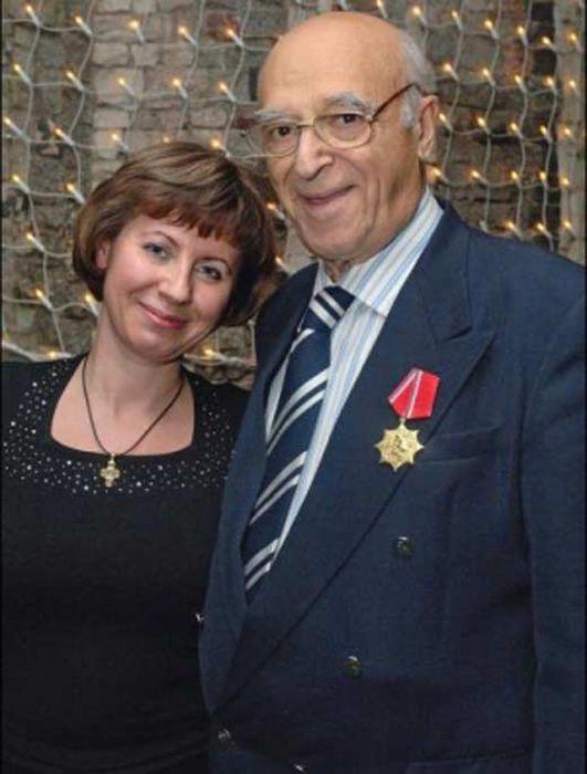 Владимир Этуш с супругой Еленой. / Фото: www.stuki-druki.com