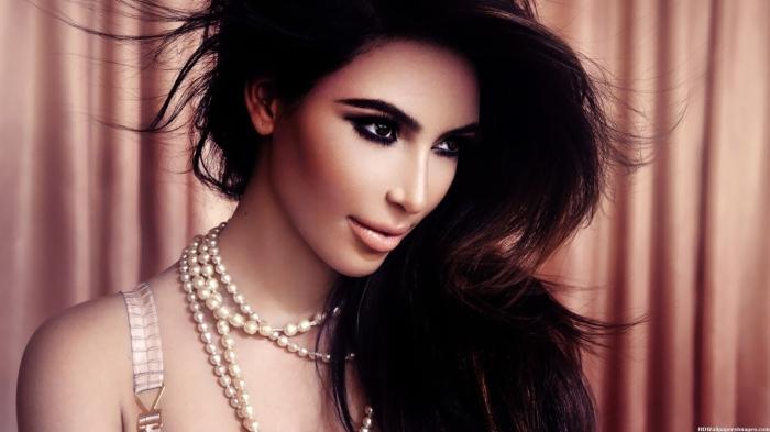 Ким Кардашьян. / Фото: www.tntmusic.ru