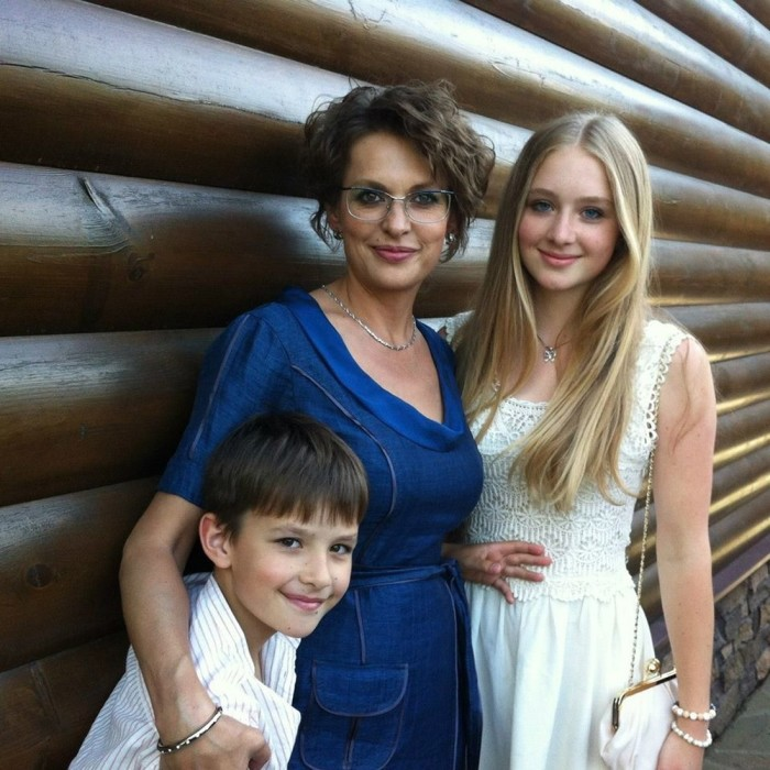 Светлана Бодрова с детьми. / Фото: www.fishki.net