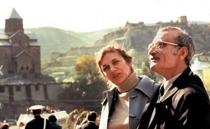 Георгий Данелия и Галина Юркова. / Фото: /www.kinodir.ru