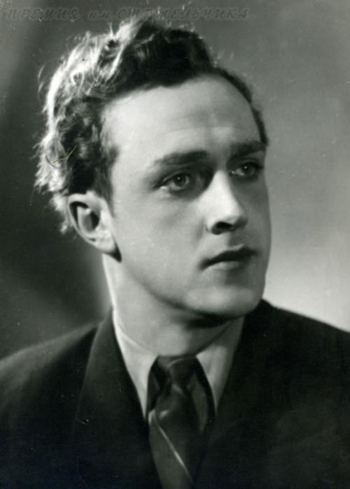 Владислав Стржельчик. / Фото: www.fishki.net