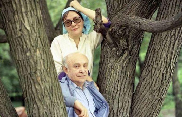 Ролан Быков и Елена Санаева. / Фото: www.eg.ru