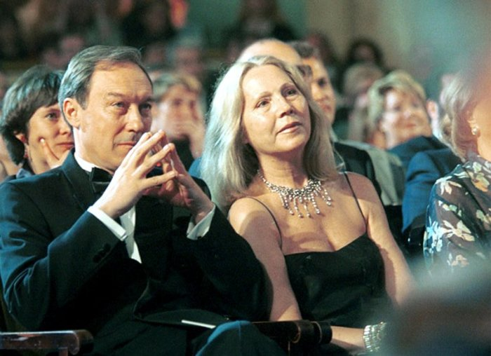 Олег Янковский и Людмила Зорина. / Фото: www.teatr-bilet.ru