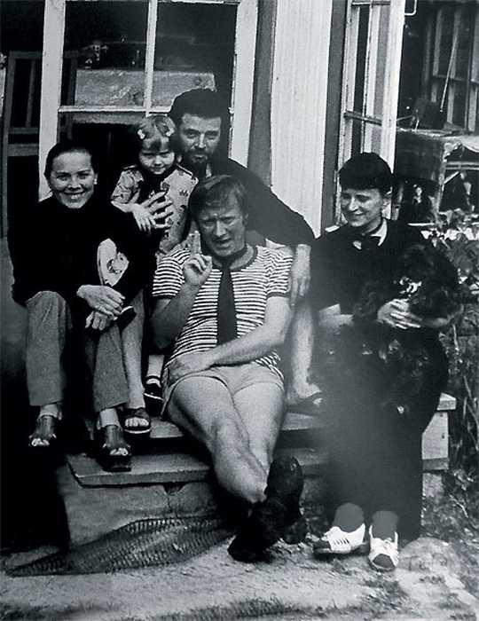 На даче у Ширвиндтов, 1970-е./ Фото: www.tele.ru