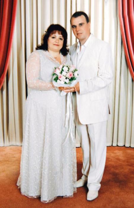 Елена Цыплакова и Павел Щербаков в день свадьбы. / Фото: www.7days.ru
