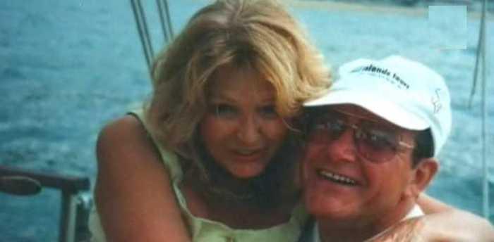 Виторган с любимой супругой на отдыхе. / Фото: www.fenixclub.com