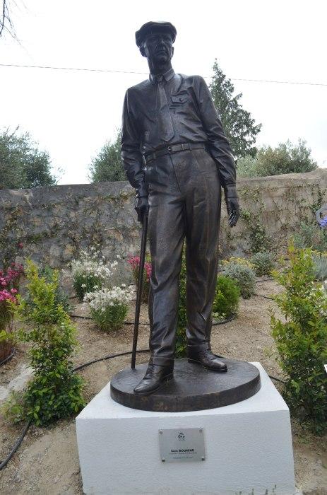 Памятник Ивану Бунину в Грассе. / Фото: www.wikimedia.org