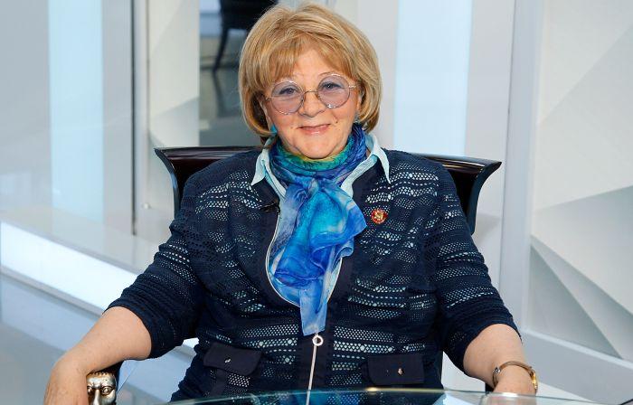 Алла Сурикова. / Фото: www.rtr-vesti.ru