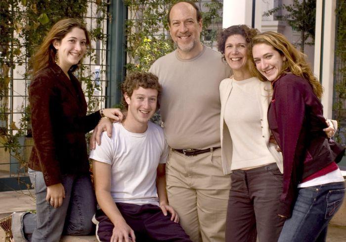 Марк Цукерберг c семьей. / Фото: www.lamchame.com