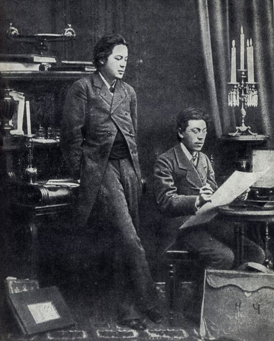 Братья Чеховы – Антон Павлович и Николай Павлович. / Фото: www.iknigi.net