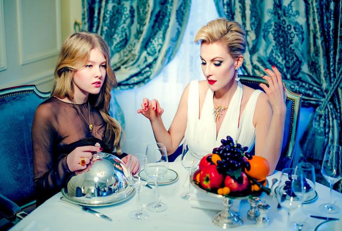 Рената Литвинова с дочерью Ульяной. / Фото: www.livestory.com.ua